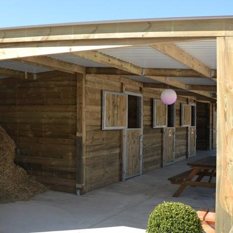 Box chevaux vendre box haut de gamme et modulable - Porte de box pour chevaux a vendre ...